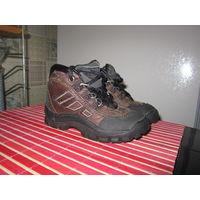 Кроссовки Adidas кожаные, 13 см по стельке