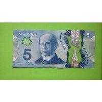 5 долларов 2013 г Пластик
