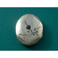 Старый медальон, Ag84