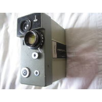 Кинокамеры одним лотом