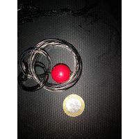 Продам ожерелье с красной бусиной