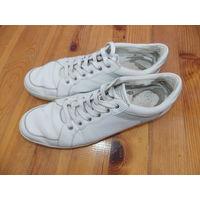 Кроссовки белые кожаные, большой размер