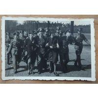 Фото времен немецкой оккупации. 6х8.5 см