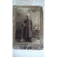 Номерное фото солдата времён 1-ой мировой.
