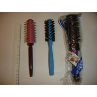 Щётка,расчёска круглая для укладки волос (цена за одну)
