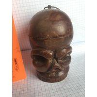 Деревянный череп