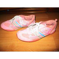 Розовые кроссовки 22,5 стелька