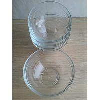 Четыре салатника с Толстого прозрачного стекла - Диаметр 14 см - Высота 6 см - Одним лотом.