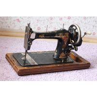 Старинная Швейная машин