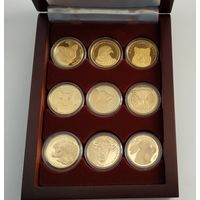 Футляр для 9 монет (50 руб., Au) D-30 mm деревянный