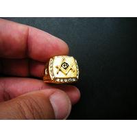 Кольцо с Масонской символикой.