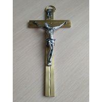 Крест настенный, распятие, латунь+олово, есть гравировка 17см, 200грамм
