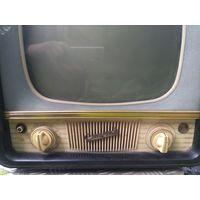Телевизор отличный сохран