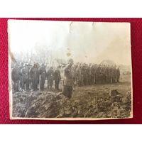 Фото ВМВ Восточный фронт похороны - оригинал