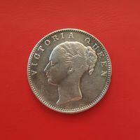 Британская Индия 1 рупия НАДПИСЬ НАД ГОЛОВОЙ, 1840 серебро