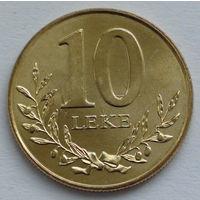 Албания 10 лек. 2000
