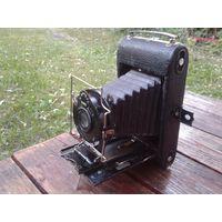 Старый фотоаппарат. Для интерьера или коллекции. Недорогой старт!