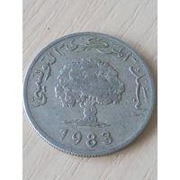 Тунис 5 миллимов 1983г.