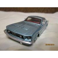 Форд мустанг GT 1/43