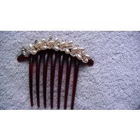 Гребень для волос. (имитация). украшен жемчугом и камнями. распродажа