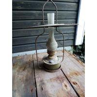 Большая керосиновая лампа