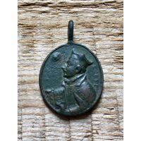 Католический образок, медальон.