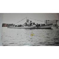 Старая Фотография с военным кораблем СССР