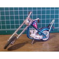 Модель мотоцикла Chopper в масштабе 1:24