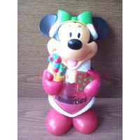 Фигурка-диспенсер Минни Маус (Нестле) - Nestle Smarties Minnie Mouse. Серия Рождество, Новый Год (Дисней, Микки Маус, Disney, dispenser, дозатор для конфет, драже). Аналог фигурок M&Ms эмэндэмс.