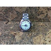 Часы Восток амфибия ВМФ,корпус и браслет нержавейка.Старт с рубля.