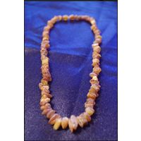 Янтарное ожерелье. Сырой (необработанный) янтарь, настоящий.