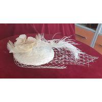 Шляпка вуалетка с пером