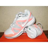 Кроссовки теннисные Nike City Court 7, размер 37 (US7,5; UK5; EUR38,5; 24,5см по стельке) Страна производства Индонезия Теннисные кроссовки Nike City Court 7 с боковыми валиками и специальными накладк