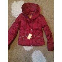 Весенняя куртка на девочку на рост 164, р. S. Куртка новая, купили, но не носили, не угадали с размером. Отличная куртка, можно даже на прохладную весну-осень, есть синтепон.
