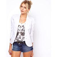 Пиджак приталенной модели на стройняшку, 40-42 размер
