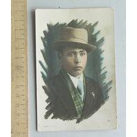 Художественное фото Мужской портрет ( раскрашенное ) середина ХХ века