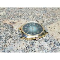 Часы Луч позолота 10м,60 лет Советской Власти,редкие,состояние.Старт с рубля.