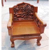 Резное кресло. Отлиный подарок в деревянный дом! Украсит любой кабинет!