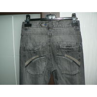 Фирменные качественные джинсы скинни с огромной скидкой .Произведены в Германии.