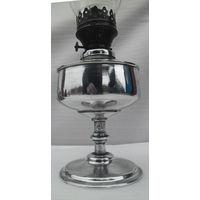 Керосиновая лампа на ножке со стеклом.  Первая половина прошлого века.  Исправная.