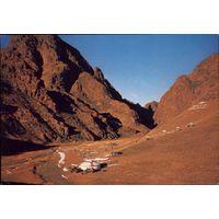 Монголия Ущелье Ялун-Ам