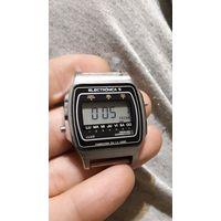 Часы ЭЛЕКТРОНИКА 5-206 1986г выпуска (исп)
