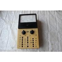 Инструмент для измерения тока , напряжения , силы тока и т.д. СССР.