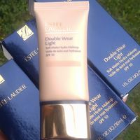 Тональная основа Estee Lauder Double Wear Light Soft Matte Hydra Makeup SPF10