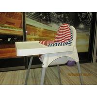 Детский пластмассовый стул для кормления IKEA. На возраст 4-24мес.