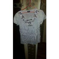Женская блузка с коротким рукавом. 46 размер. Фирма ET VOUS. Мало ношена.