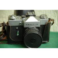 Фотоаппарат Зенит В  , шторка срабатывает на всех выдержках с Helios 44-2