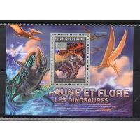 Гвинея Динозавры 2011 год чистый полный комплект из листа и блока