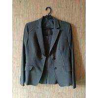 Костюм деловой женский (пиджак и юбка-карандаш) размер 46