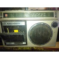Магнитофон кассетный Япония.220в.